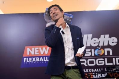 Kesh Sandhu emceeing at Gillette Fusion ProGlide at 1Utama Shopping Center, Petaling Jaya, Malaysia