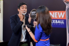 Emcee Kesh Sandhu shaving as a demonstration to the audience watching at 1Utama Shopping Mall Petaling Jaya